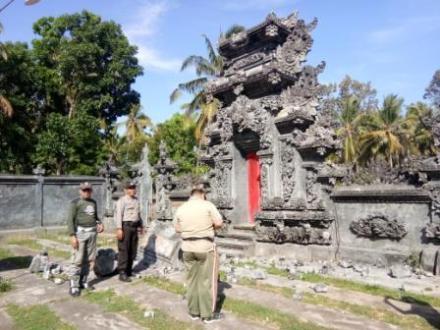 Pasca Gempa 5,1 SR,Fasilitas Umum dan  Beberapa Rumah warga Desa Ularan mengalami kerusakan